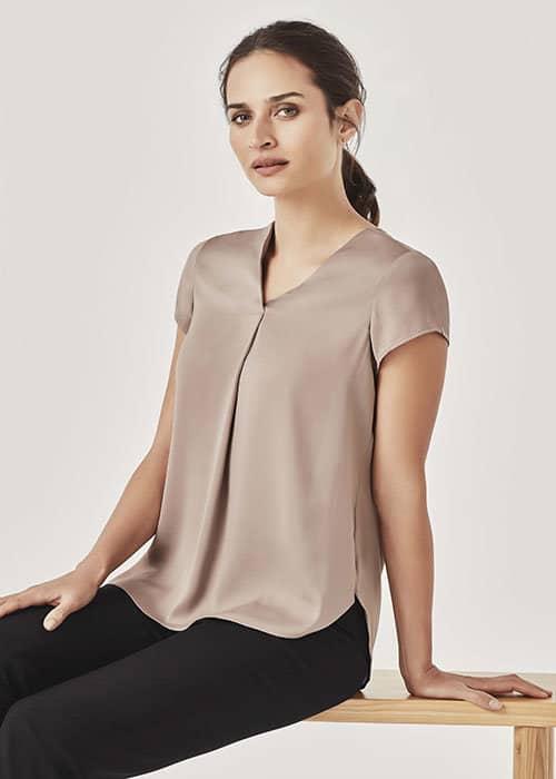 kayla v-neck pleat blouse